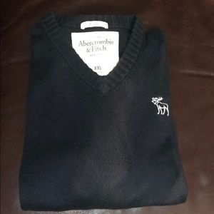 Classic Abercrombie & Fitch V-neck Sweater